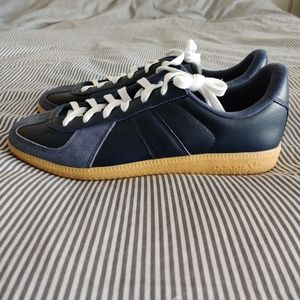 Adidas BW Army Sneakers in Navy Blue